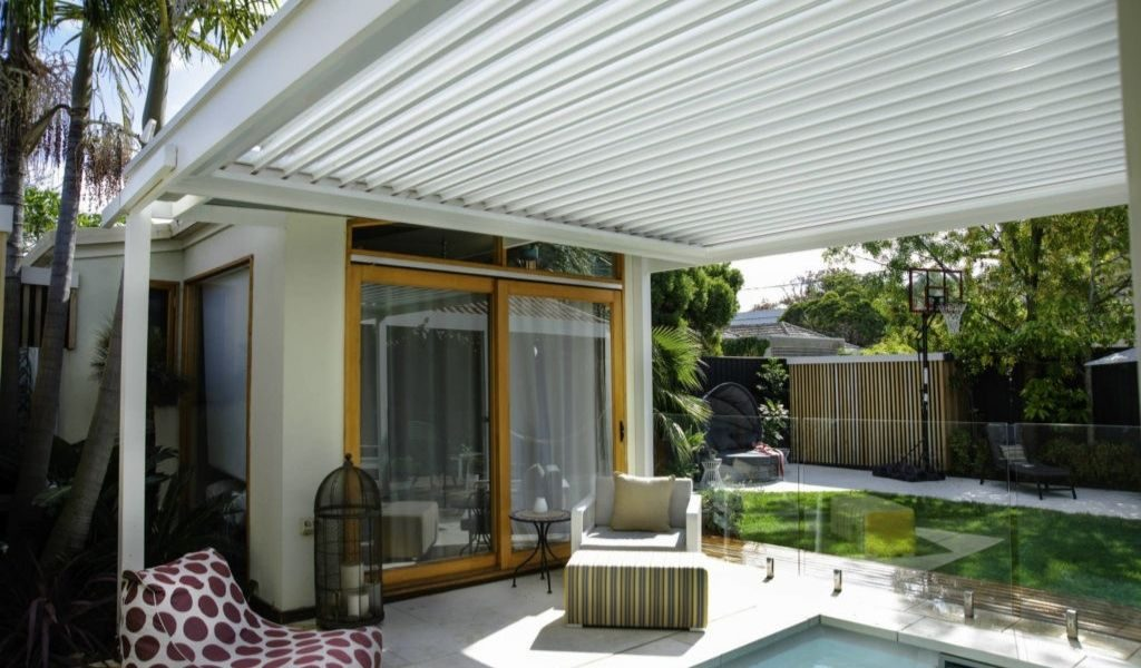 louvred pergola outdoor entertainment ideas
